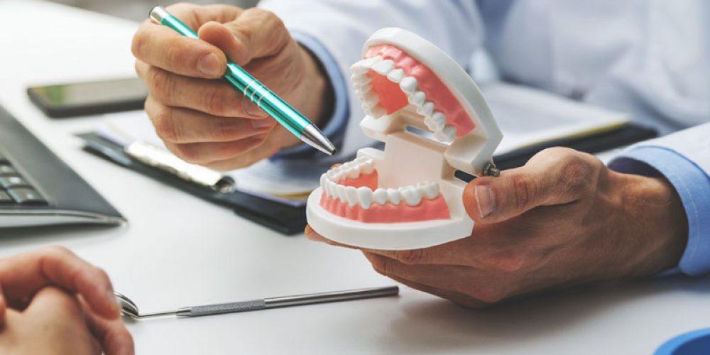 S'informer sur les types de prothèses dentaires en ligne